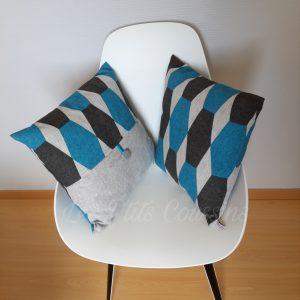 coussin bleu et gris les p'tits coussins