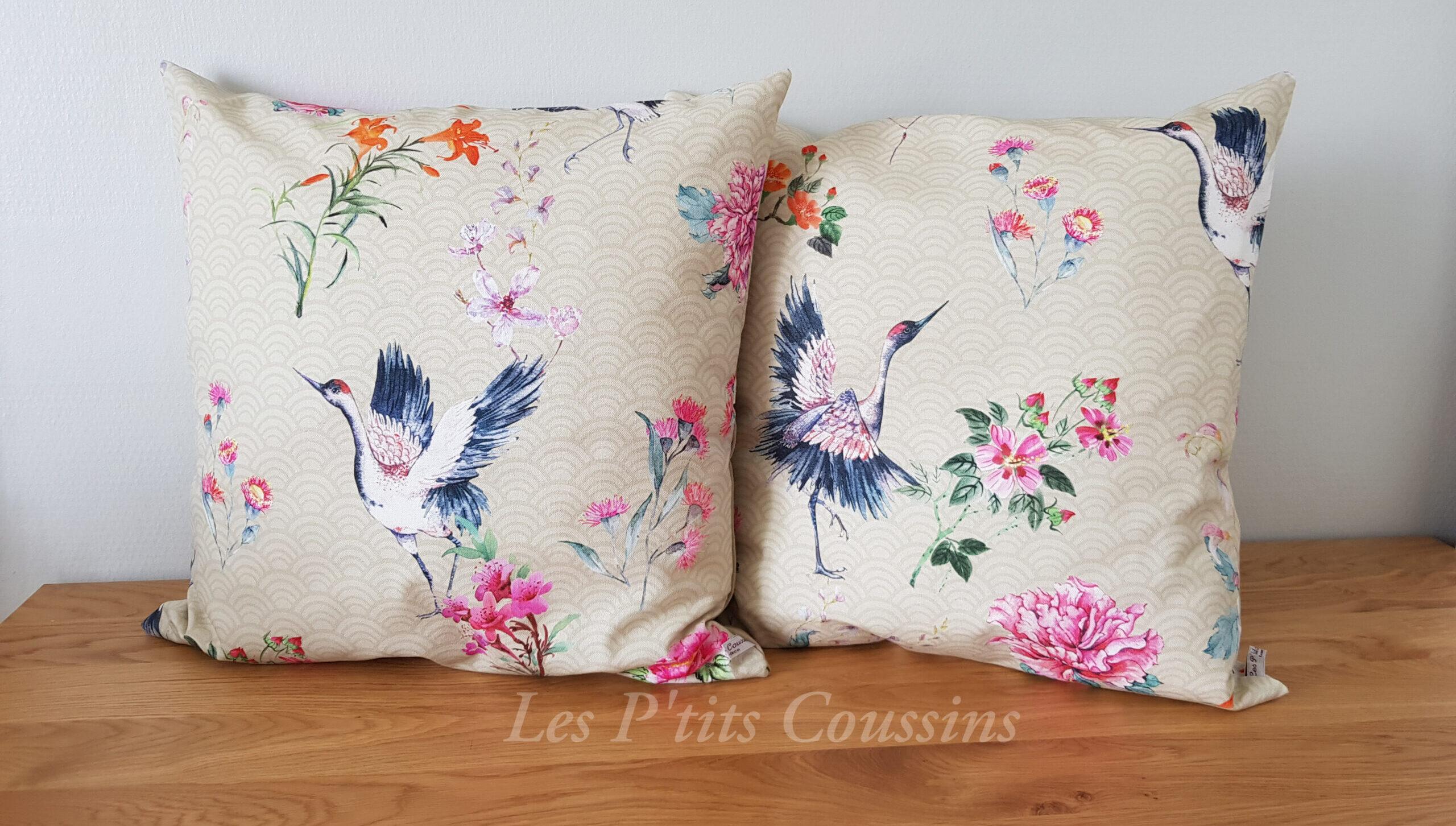 coussin motif grue et fleur style japonais les ptits coussins